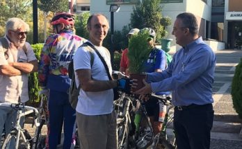 Το δημαρχείο Παπάγου - Χολαργού αφετηρία της ποδηλατοδρομίας για το Κλίμα