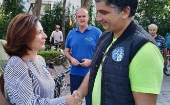 """Ο Δήμαρχος Βριλησσίων Ξένος Μανιατογιάννης """"Ποδηλατούμε ενωμένοι για το κλίμα""""."""