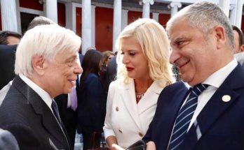 Στην τελετή έναρξης του κύκλου εκδηλώσεων για την Επέτειο των 2.500 χρόνων από τη Ναυμαχία της Σαλαμίνας και τη Μάχη των Θερμοπυλών, η Πρόεδρος του Ομίλου για την UNESCO Βορείων Προαστίων Μ. Πατούλη Σταυράκη