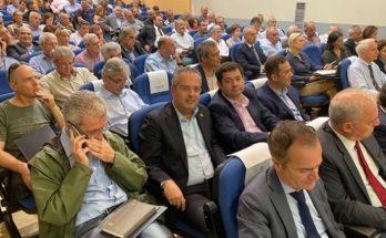 Σε συνάντηση εργασίας που διοργάνωσε η Περιφέρεια Αττικής με θέμα την πολιτική προστασία παραβρέθηκε σήμερα ο δήμαρχος Παπάγου – Χολαργού Ηλίας Αποστολόπουλος.