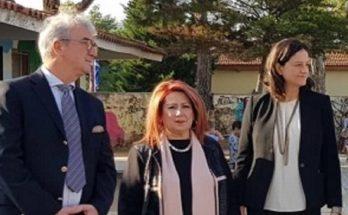 Συνάντηση της Δημάρχου Νέας Ιωνίας με την Υπουργό Παιδείας στο 4ο Δημοτικό Σχολείο της πόλης