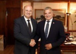 Συνάντηση του Περιφερειάρχη Αττικής και Προέδρου της ΚΕΔΕ Γ. Πατούλη με τον Υπουργό Δικαιοσύνης Κ. Τσιάρα