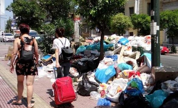 Έκκληση προς τους δημότες της πόλης κάνει ο Δήμος Αθηναίων: μην βγάζετε σκουπίδια το Σαββατοκύριακο λόγω των κινητοποιήσεων