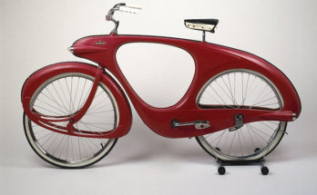 """Το ποδήλατο του μέλλοντος γεννήθηκε το 1946 """"Bowden Spacelander"""""""
