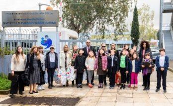Επισκέψεις αγάπης από τον Δήμαρχο Κηφισιάς Γιώργο Θωμάκο και την Παιδική και Μικτή Χορωδία του Δήμου μας
