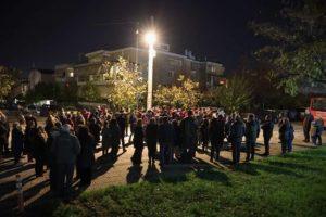 Στην Φωταγώγηση του Χριστουγεννιάτικου Δέντρου του Εξωραϊστικού και Πολιτιστικού Συλλόγου Ψαλιδίου ο Δήμαρχος Αμαρουσίου Θεόδωρος Αμπατζόγλου .