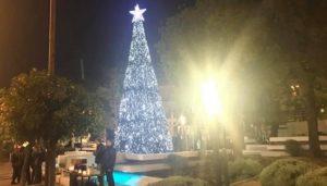 Ανάψαμε στο Νέο Ψυχικό το Χριστουγεννιάτικο δέντρο του Δήμου