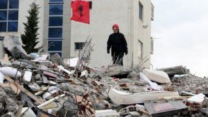 Στο Πανεπιστημιακό Νοσοκομείο Τιράνων το κλιμάκιο ιατρών που αναχώρησε την Παρασκευή από την Περιφέρεια Αττικής