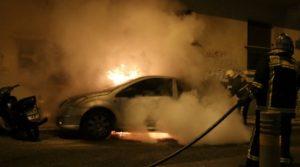 Στην Αγία Παρασκευή όχημα τυλίχτηκε στις φλόγες που βρισκόταν στην οδό Νότου