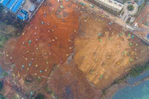 Σε 11 μέρες οι Κινέζοι χτίζουν νοσοκομείο για τον κορονοϊό - Εικόνες από το έργο-αστραπή