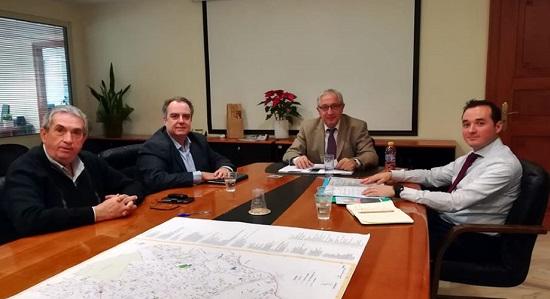 Μαρούσι : Συνάντηση του Θ. Αμπατζόγλου με τον Πρόεδρο του Εκπολιτιστικού Συλ. Δωδώνης Αμαρουσίου Η. Ζορμπαλά και τον Αντιπρόεδρο του Συλ. και δημοτικό σύμβουλο Αμαρουσίου Β. Μπούρα.