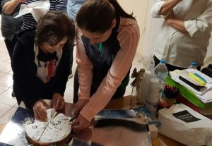 Κοπή πίτας στο τμήμα Θρακιώτικης παράδοσης στο Καλλιτεχνικό Εργαστήρι Μελισσίων