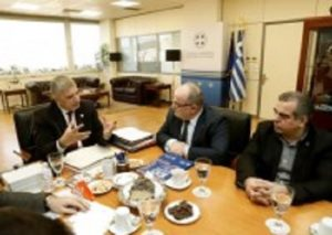 Συνάντηση του Περιφερειάρχη Αττικής Γ. Πατούλη με τον Πρόεδρο της ΓΣΕΒΕΕ Β. Καββαθά
