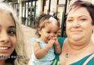 Κληρονομικότητα: Ένα κοριτσάκι γεννήθηκε έχοντας μια λευκή τούφα στα Μαλλιά του όπως η μαμά και η γιαγιά του