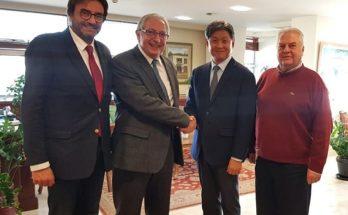 Συνάντηση του Θεόδωρος Αμπατζόγλου με τον πρέσβη της Δημοκρατίας της Κορέας κ. Lim Soocuk στο Δημαρχείο Αμαρουσίου
