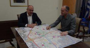 Συνάντηση εργασίας για το ΣΒΑΚ του Δημάρχου Μεταμόρφωσης, Στράτου Σαραούδα, με τον Δήμαρχο Ηρακλείου, Νίκο Μπάμπαλο.