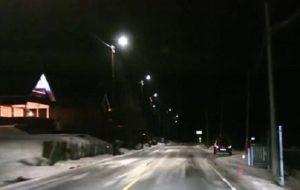 Νορβηγία: Έξυπνος φωτισμός των δρόμων ανάβουν αυτόματα μόλις περάσει αυτοκίνητο