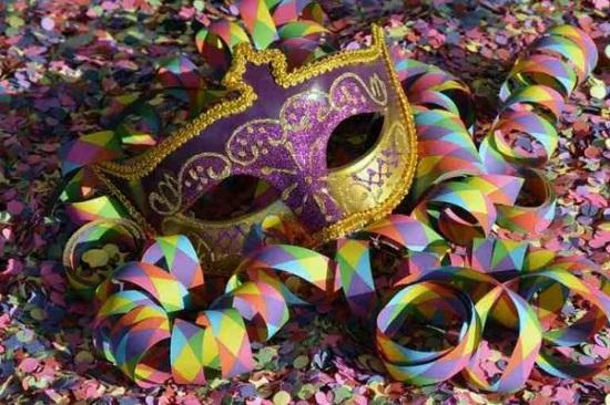 """Παπάγου – Χολαργού: Μεγάλη Αποκριάτικη Γιορτή Happy Holi το Φεστιβάλ των Χρωμάτων στο πλαίσιο των εκδηλώσεων """"Πολιτιστικός Φεβρουάριος"""
