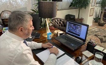 Με πρωτοβουλία του Περιφερειάρχη Αττικής Γ. Πατούλη τηλεδιάσκεψη με τον Υπουργό Εσωτερικών Τ. Θεοδωρικάκο και 54 Δημάρχους της Αττικής