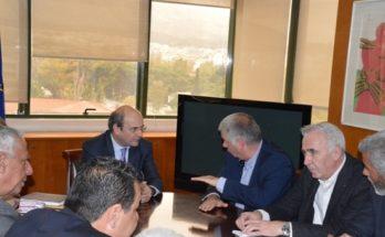 Σε πολύ καλό κλίμα διεξήχθη η Συνάντηση του Συντονιστικού Οργάνου των Συνδέσμων Δήμων της Αττικής με τον Υπουργό Περιβάλλοντος και Ενέργειας Κωστή Χατζηδάκη.