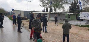 Ενημέρωση των Ρομά για τα έκτακτα μέτρα προστασίας από τον κορονοϊό