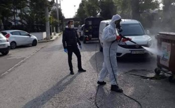 Ηράκλειο: Οι απολυμάνσεις στο Δήμο συνεχίζονται με τα συνεργεία του Δήμου να πλένουν και απολύμαναν δρόμους, πεζοδρόμια