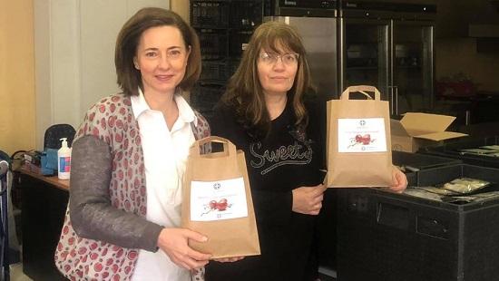 Κηφισιά: 400 γεύματα αγάπης στον Δήμο