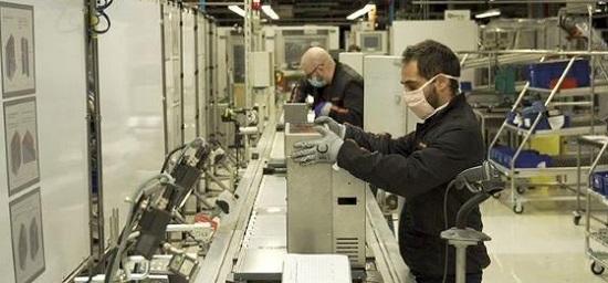 SEAT: Στην μάχη κατά της εξάπλωσης του ιού η SEAT ξεκίνησε την παραγωγή αναπνευστήρων