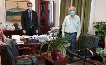 Άλιμος : 700 μάσκες πρόσφερε η Ένωση Δημάρχων Αττικής