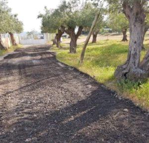 Μεταμόρφωση: Στρώσιμο των δρόμων μετά τις χειμωνιάτικες βροχές στην βιομηχανική περιοχή