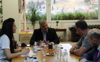 Περιφέρεια Αττικής : Συνάντηση του Περιφερειάρχη Γ. Πατούλη με τον Πρόεδρο της Πανελλαδικής Συνομοσπονδίας Ελλήνων Ρομά (ΕΛΛΑΝ ΠΑΣΣΕ) Β. Πάντζο