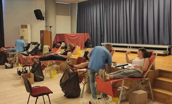 Ηράκλειο Αττικής :Επιτυχημένη για άλλη μια φορά η τακτική εθελοντική αιμοδοσία του Δήμου