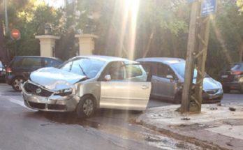 Ψυχικό Φιλοθέη : Στην Δημοκρατίας στο Παλαιό Ψυχικό όχημα που παραβίασε Stop συγκρούστηκε με διερχόμενο όχημα