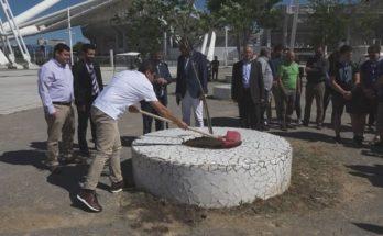 Λυκόβρυση Πεύκη : Δράση του Υπουργείου Αθλητισμού - Δεντροφύτευση στον περιβάλλοντα χώρο του ΟΑΚΑ