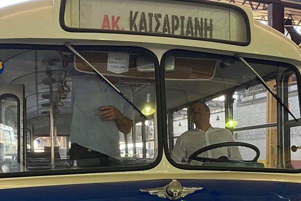 Ελλάδα: Ανακατασκευάστηκαν από τον ΟΣΥ ΑΕ 29 λεωφορεία κατασκευής του 1957 για μουσικούς λόγους