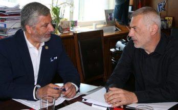 Περιφέρεια Αττικής :Συνάντηση με το Δήμαρχο Πειραιά Γ.Μώραλη για τα έργα της Περιφέρειας Αττικής στον Πειραιά