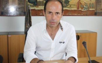 Ο Δήμαρχος Ραφήνας ΠικερμίουΕυάγγελος Μπουρνούς