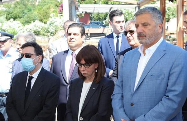 Ελλάδα :Η Πρόεδρος της Δημοκρατίας στο Μάτι μνημόσυνο στη μνήμη των θυμάτων της πυρκαγιάς της 23ης Ιουλίου 2018.