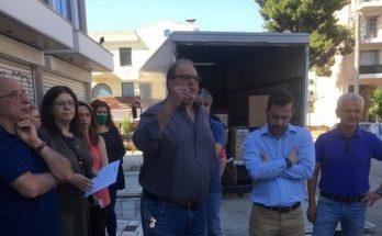 Χαλάνδρι: Ο Δήμαρχος στην παράσταση διαμαρτυρίας για την εφορία Χαλανδρίου