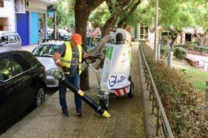 Αθήνα: Συνεχίζονται οι επιχειρήσεις καθαριότητας και αποκατάστασης σε κάθε γειτονιά της Αθήνας – Σήμερα στην πλατεία Μεσολογγίου στο Παγκράτι