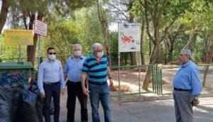 Μαρούσι: Αυτοψία Δήμαρχου Αμαρουσίου στην περιοχή της Δωδώνης κατά τη διάρκεια του καθαρισμού της παιδικής χαράς