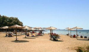 Ελλάδα: Πέντε υπέροχες παραλίες με καθαρά νερά στην Αττική