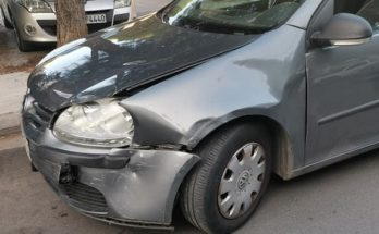 Βριλήσσια : Σύγκρουση με δυο αυτοκίνητα στην οδό Κισσάβου και Μητροπούλου