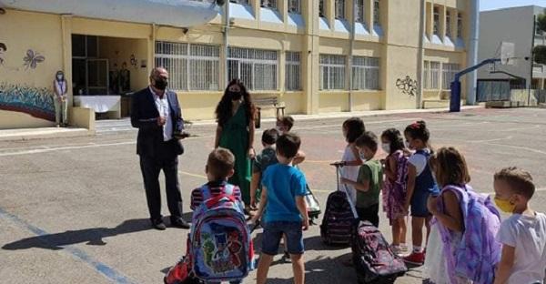 Ηράκλειο Αττικής : Ο Δήμος θα κάνουμε τα πάντα ώστε οι μαθητές να έχουν έγνοια μόνο τα μαθήματά τους