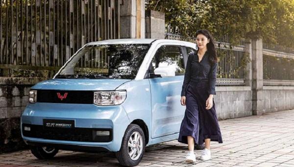 Κίνα : Ηλεκτρικό αυτοκίνητο με μόλις 3.500 ευρώ