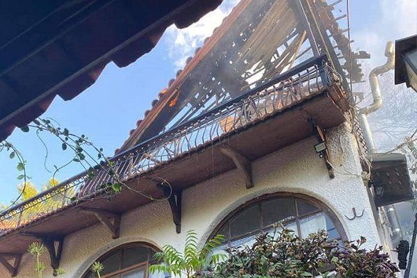 Ωρωπός: Πυρκαγιά σε σπίτι και στην συνέχεια επεκτάθηκε στην γύρω δασική έκταση