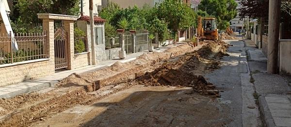 Παλλήνη: Με αμείωτο ρυθμό, εξελίσσονται τα έργα επέκτασης του δικτύου φυσικού αερίου στον Γέρακα
