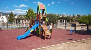 Παλλήνη: Ασφαλείς, σύγχρονες και πιστοποιημένες 21 παιδικές χαρές