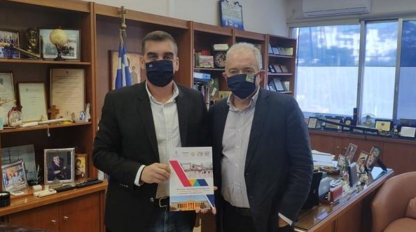 ΣΠΑΥ : Ο Δήμαρχος Ελληνικού Αργυρούπολης και Πρόεδρος του ΣΠΑΥ Γ. Κωνσταντάτος συναντήθηκε σήμερα με τον διεθνούς φήμης Έλληνα επιστήμονα και καθηγητή Ε. Λέκκα