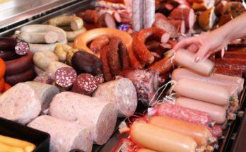 Υγεία: O ΠΟΥ κατατάσσει τα αλλαντικά στην κατηγορία των καρκινογόνων ουσιών